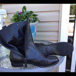 Sarah Pacini all leather boots.